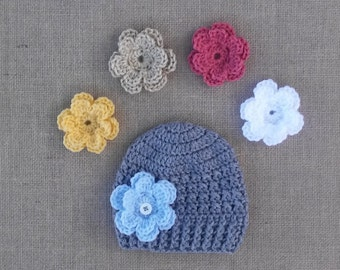 Baby girl Hat, Hat with 3 changable Flowers, Girl crocheted Hat, Newborn Hat, Gray Flower Hat, Photo Prop, Crochet Hat, 4 Sizes