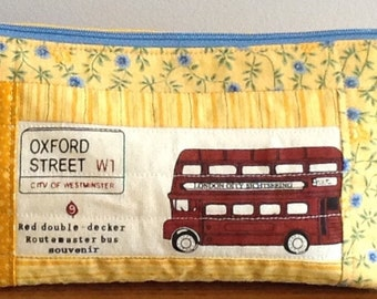 Quilted, lined pouch - London Double-Decker Bus