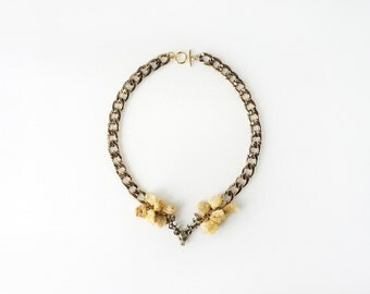 Reindeer Necklace with Sparkling Yellow Raw Crystal Stones, Big Curb Chain Jewelry, Glam Fashion