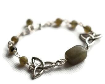 Labradolite Bracelet - Triquetra Bracelet - Trinity Knot Bracelet - Crystal Bracelet - Wiccan Jewellery - FREE UK P&P - Celtic Jewellery