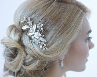 Floral Bridal Hair Clip, Bridal Hair Accessory, Pearl & Rhinestone Bridal Clip, Floral Wedding Hair Comb, Pearl Wedding Hair Clip ~TC-2276