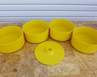 Yellow Heller Stacking Bowls Set of 4 with Lid Sunshine Yellow Massimo Vignelli Mid Century Modern Hellerware Picnic Ware