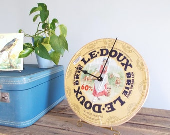 Repurposed Cheese Box Clock