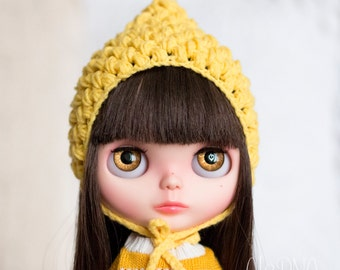 Pixie gnome helmet for Blythe, yellow