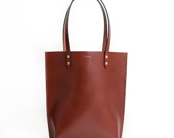 Structured Leather Daily Tote | Chestnut