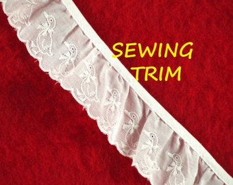 2-1/2 YARDS, WHITE Cotton, Ruffled Sewing Trim, Goose or Duck, 1-3/4 Inch Wide, L57