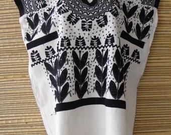 Maize Flowers Fashionable Mexican Folk Hippie Boho Huipil Tunic Blouse XL/XXL