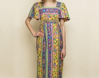 Vintage Maxi Dress 70s Flutter Sleeves Colorful Floral Print