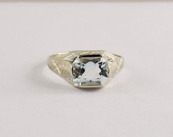 Man's Art Deco Aquamarine White Gold Ring - 14 karat - 1930