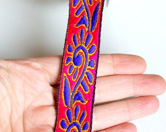 Fuchsia Pink Lace Trim With Blue Thread Embroidery, Approx. 25mm Wide - 140316L214B