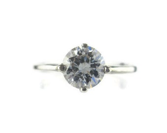 Vintage CZ Solitaire Sterling Silver 925  Ring Size 5