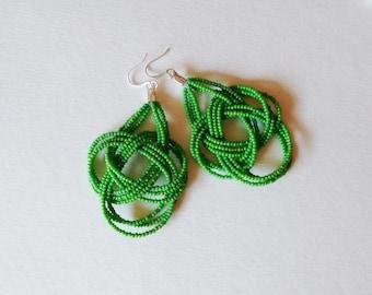 Woodbine color earrings,seed bead earring,big knots earring,bridesmaid gift,green earring,seed bead earring,statement earring,lime green