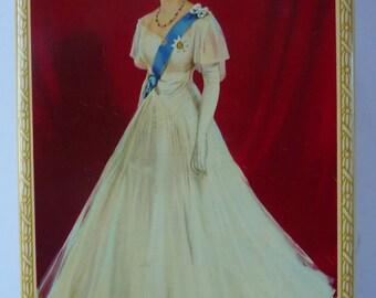 Rarer Vintage Souvenir Queen Elizabeth's Coronation Toffee Tin 1953