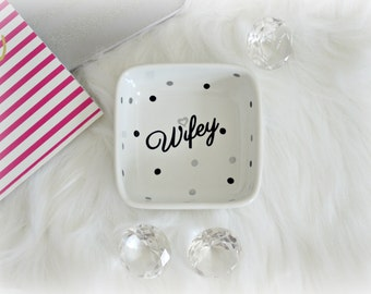 Engagement Gift, Wedding Ring Dish, Ring Dish Engagement Ring Holder, Wife Gift, Custom Jewelry Dish, Engagement Ring Dish, Bride to Be Gift
