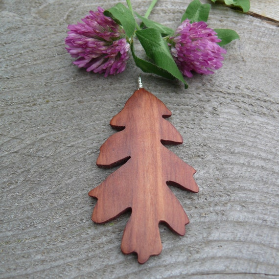 Oak Leaf Necklace, Silver Leaf necklace, Natural Cedar wood jewelry, Earthy Boho wooden jewelry, Leaf Jewelry, Nature lover gift, Red cedar