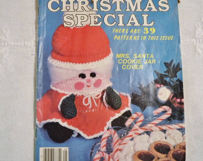 Womens Household Crochet Christmas Special Magazine 1984 Vintage Instructions DIY Panchosporch