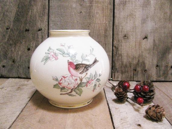 Vintage globe vase lenox serenade medium by whimsicaleverafter - Serenade ivry ...