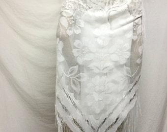 Free Ship, White Lace Shawl, Floral ,Wrap, Fringed ,Japan