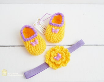 SET. New Born Baby.  Crochet Booties /Baby Boot Sock / Knit Baby Booties. Slippers and Headband. Baby shower gift.