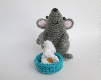 Grey mouse plush tiny amigurumi mouse crochet toy mouse kids toy miniature mouse cute mouse woodland plush stuffed animal mouse rat popcorn