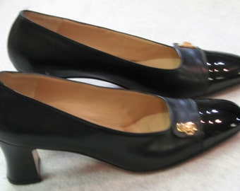 Vintage Black Leather &Patent Salvatore Ferragamo Pumps
