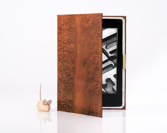 Kindle Covers - Classic Tan Book Cover Cases for Amazon Kindle 4 e-Readers