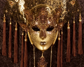 Venetian Mask | Prudentia