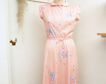 feminine seventies floral dress | cap sleeve dress |