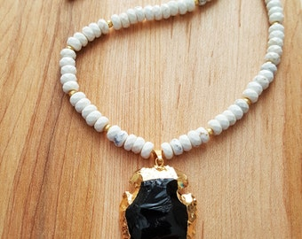 White Turquoise Magnesite and Black Onyx Arrowhead Necklace / Gold Edged Stone / Boho Jewelry / Boho Luxe