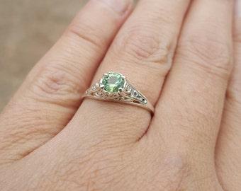 0.50 Carat Light Green 5 mm Tourmaline Sterling Silver Filigree Ring Size 7