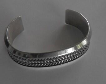 Tom Hawk Native cuff bracelet