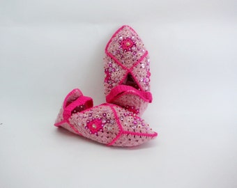 Handmade Slippers, Hand-knit Teen's Slippers, Slippers with sequins, Turkish-style slippers, Woolen slippers with sequins, Pink Slippers
