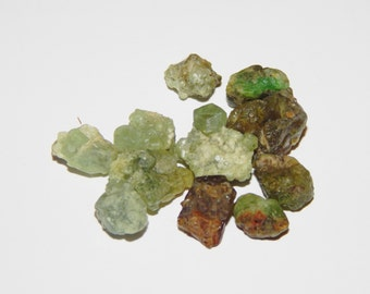 Genuine GREEN GARNET - Rough Demantoid Garnet Crystals - 2-3 carat Rough Garnet - Natural Garnet Crystals - Healing Crystals - Chakra Stones