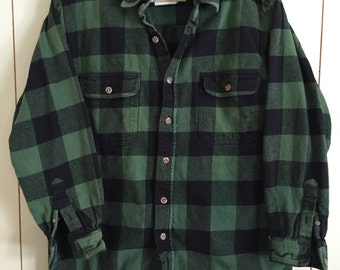 Vintage FIELD & STREAM Thick Green and Black Flannel Buffalo Plaid Size Medium