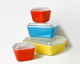 Pyrex Fridge Dish Set 1940s Fridgies Primary Colors 8 Pieces Lids Retro Storage