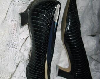 Genuine snakeskin shoes, black snakeskin women's shoes