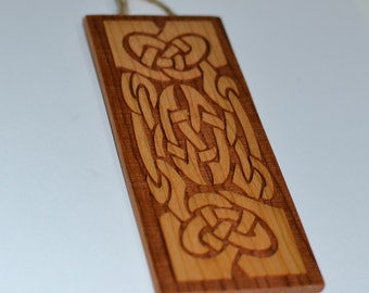 Celtic Knot Design Wall Hanging - Irish Cherry Wood - Icovellavna
