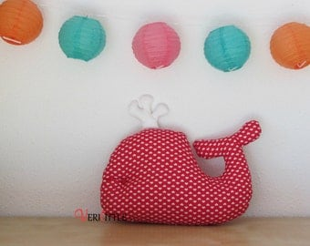 Red whale and white hearts pad