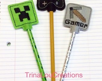 Pencil Topper Minecraft, Includes Pencil, Party Favor, Birthday Treat bag, Treat Bag Favors, Halloween Treats, Non Candy Treat, Felt Pencil