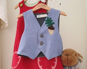 Peter Rabbit, Lily Bobtail style, Reversible waistcoat, boys waistcoat, 2 in 1, blue chambray, soft poplin, felt acorn motif,