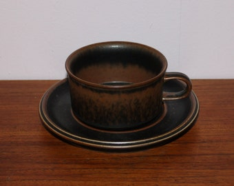 "Nice vintage retro Coffee / Tea Cup with Saucer ""Ruska"". Designed by Ulla Procopé for Arabia, Finland Scandinavian."