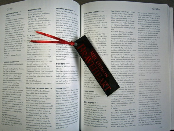 Braveheart - Mel Gibson Sophie Marceau, Angus Macfadyen - Recycled VHS bookmark spine Small with ribbon