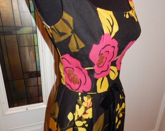60s Hawaiian Tiki Pin Up Floral Linen Tropical Gown S/M