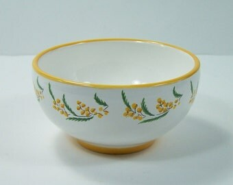 Little yellow ceramic bowl hand painted mimosa pattern by Pré-Vert workshop in Réchastel vintage  Made in France