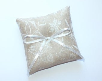 Ring pillow ,Ring Bearer Pillows, Linen ring pillow