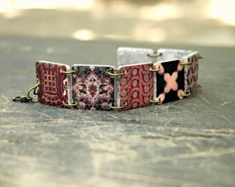 Dark red bracelet, Deer bracelet, Dark red jewelry, Black bracelet, Red and black, Red jewelry, Black jewelry, Black and gold, Statement