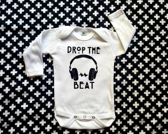 Baby boy bodysuit, unisex baby clothes, headphone baby shirt, graphic design baby shirt, trendy baby clothes, baby gift, hip hop baby
