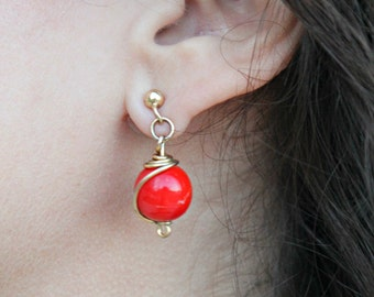 Red Beads earrings, Green beads earrings, Red earrings, Green earrings, Small earrings, Christmas Earrings, Gifts for her
