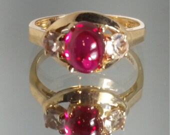 Vintage - ***Never Worn*** 14K Solid Yellow Gold Retro Ruby & Zircon Vintage Ring