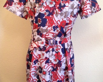 Secretary Shirtdress with Tie Neck, in Red, White and Blue Floral Print.  Size Medium